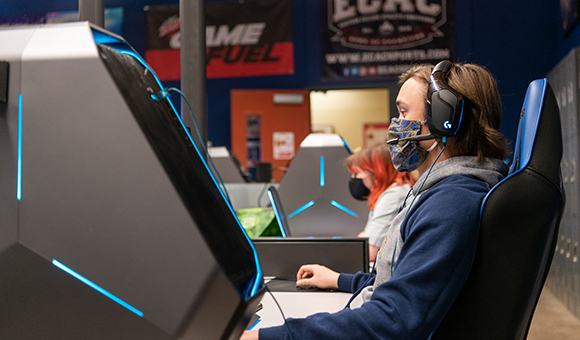 "Owen Jauch plays ""Overwatch"" in the SUNY Canton Esports Arena."